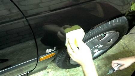 Стоит ли наносить жидкое стекло на автомобиль?