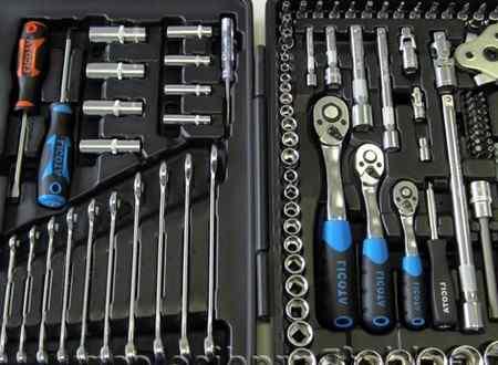 Минимальный набор инструментов для автомобиля