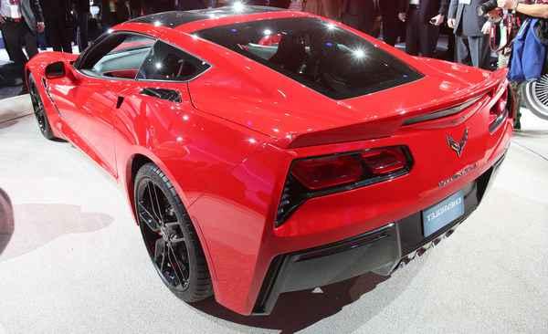 Chevrolet раскрывает подробности нового Stingray