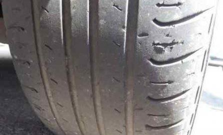 Почему опасно ездить на автомобиле с лысыми шинами?